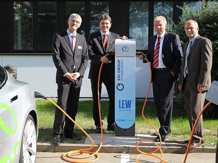 Commissioning of two electro charging stations on the premises of SGL Group