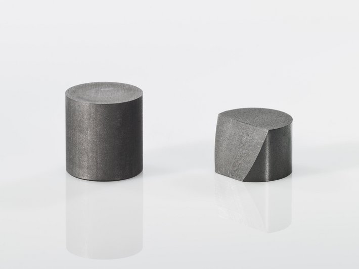 SIGRAFINE Extruded Graphite