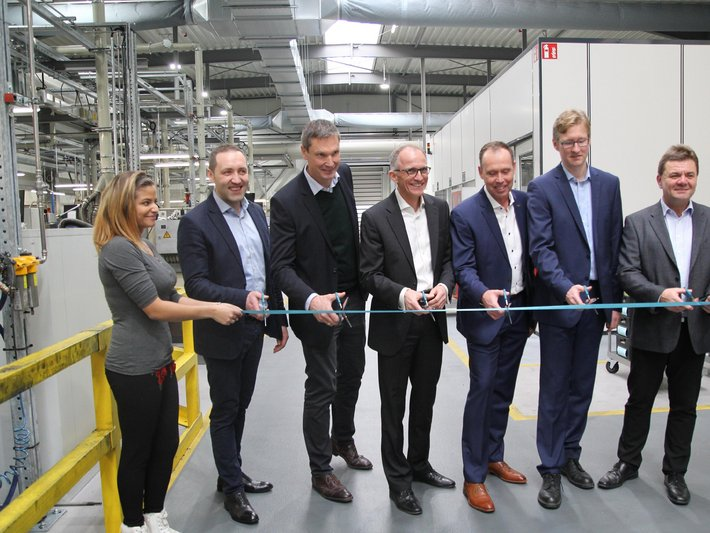 Ceremonial inauguration of the new production hall for automotive components at SGL Carbon in Bonn