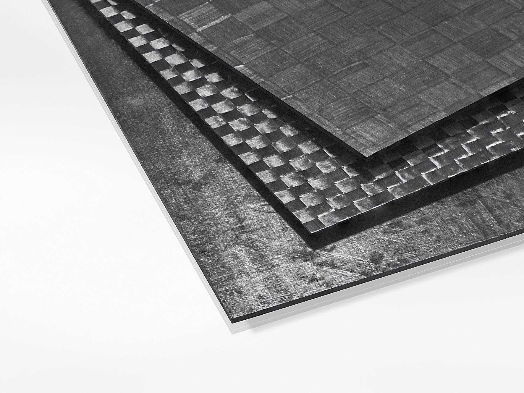 Carbon fiber reinforced organic sheet with thermoplastic-compatible sizing